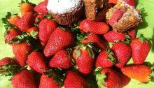 Muffin alle fragole, senza burro e uova