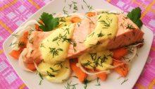 Salmone con vino bianco e salsa di ricotta