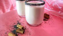 Latte vegano ai semi di papavero con cannella